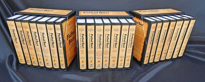 Jual Buku Terjemahan Fathul Bari Lengkap - Ecer Grosir - Ibnu Hajar Al Asqolani - Penerbit Imam Asy Syafii - Toko Buku Islam Online Terpercaya Wisatabuku.com